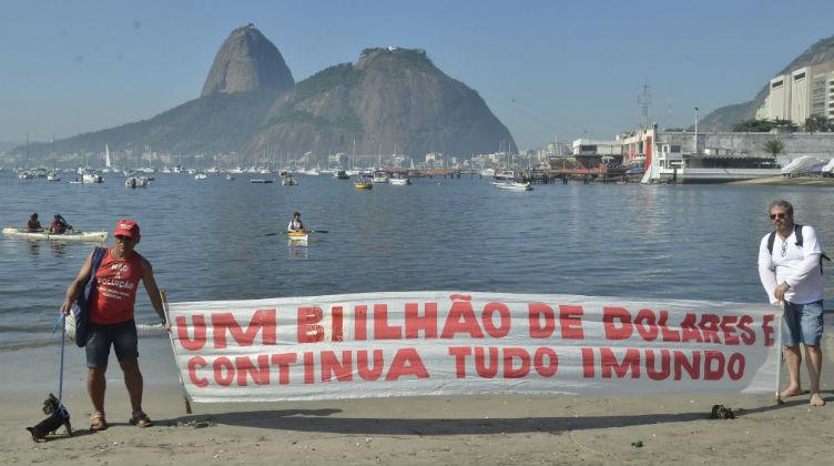 Protesto na Baía de Guanabara